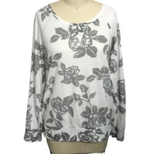 Cream and Gray Rose Pullover Sweater L